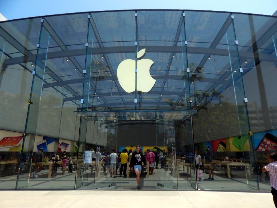 Santa Monica II - Apple Store